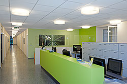 The LinthPraxen were looking for a flexible lighting control system including dimmable luminaires for the lighting design of their new health-care centre.
